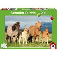 Пазл Schmidt, 200 элементов - Семья лошадей